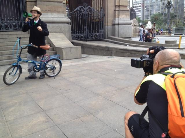 o fotógrafo e o ciclista