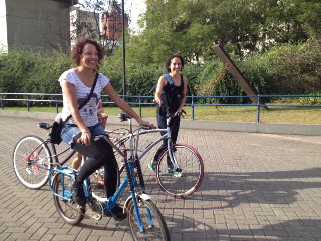 ciclistas chegando ao CCSP