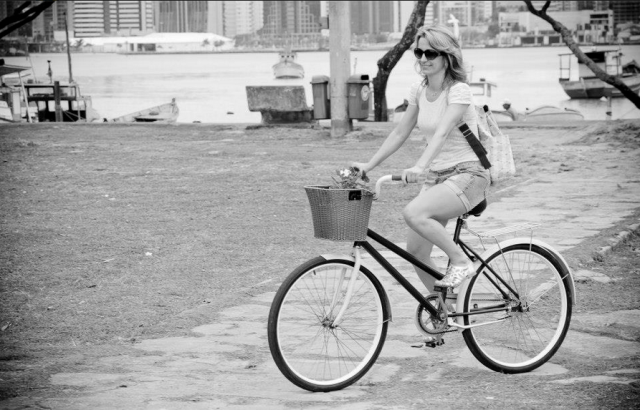 Luciene Gozzer pedalando! (foto enviada para Silvia Ballan em 17/nov/2012)