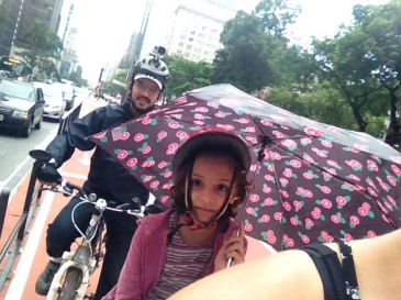 Ciclovia da Paulista com Nina e amigo Emiliano (Bike Anjo)